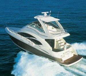 Luxury Cruiser Yacht